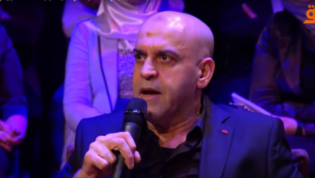 شومان قال إن الاعتقال محض تصفية حسابات سياسية وعملية انتقامية خارج إطار القانون (الجزيرة)