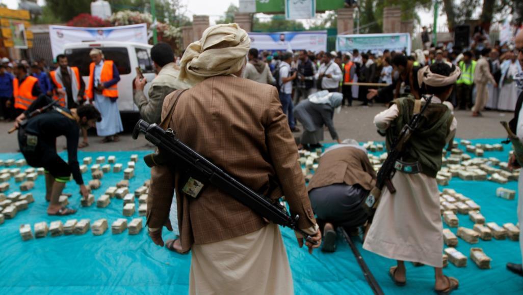مقاتل حوثي في العاصمة اليمنية صنعاء (رويترز)