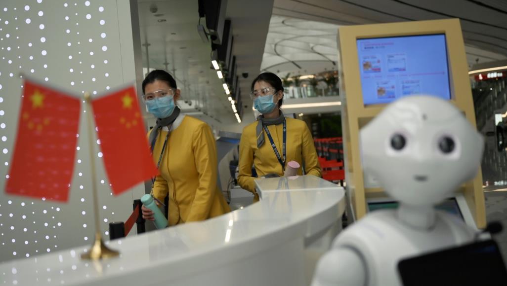 الصين تحاول فرض معاييرها عن طريق التقدم في مجالات التقنية وعمل تحالفات مع الهيئات الدولية المنظمة للمعاير الدولية (رويترز)