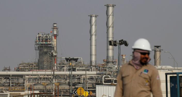 صورة وزارة النفط العراقية: قرار خفض الإنتاج ضاعف إيرادات البلاد إلى 6 مليارات دولار