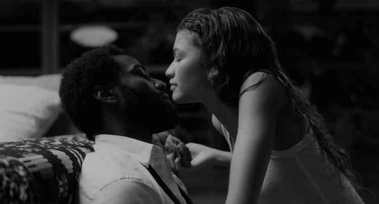 صورة الحب والهوس.. الفروق بينهما وكيف يفسد علاقتكما
